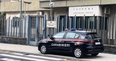 Mascalucia, deve partorire e due carabinieri fanno i babysitter